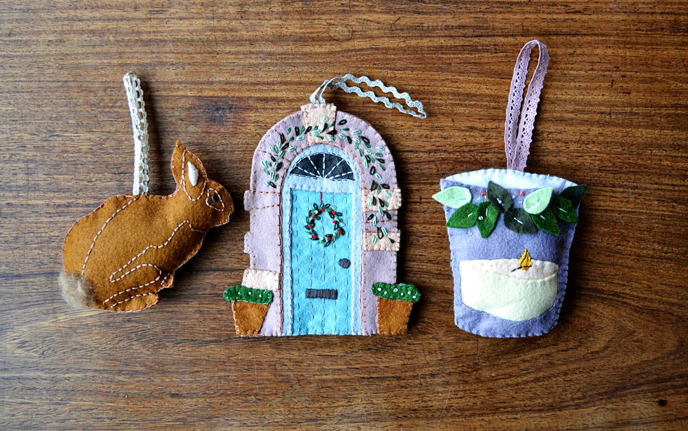 christmas ornaments made with felt pattern by Alicia Paulson