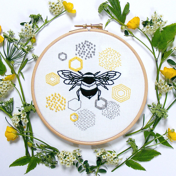 bee embroidery kit by jennyblairkits