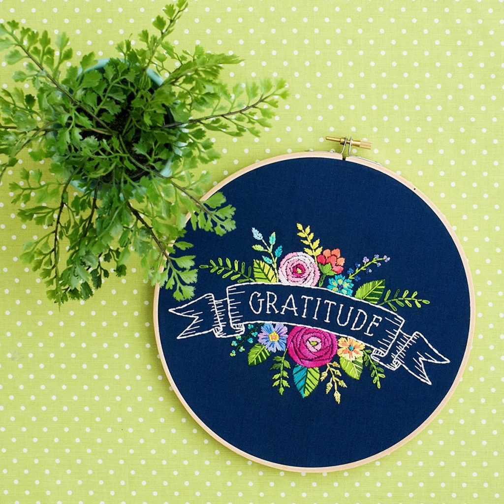 Colorful embroidery for the heart - the Lolli and Grace Interview