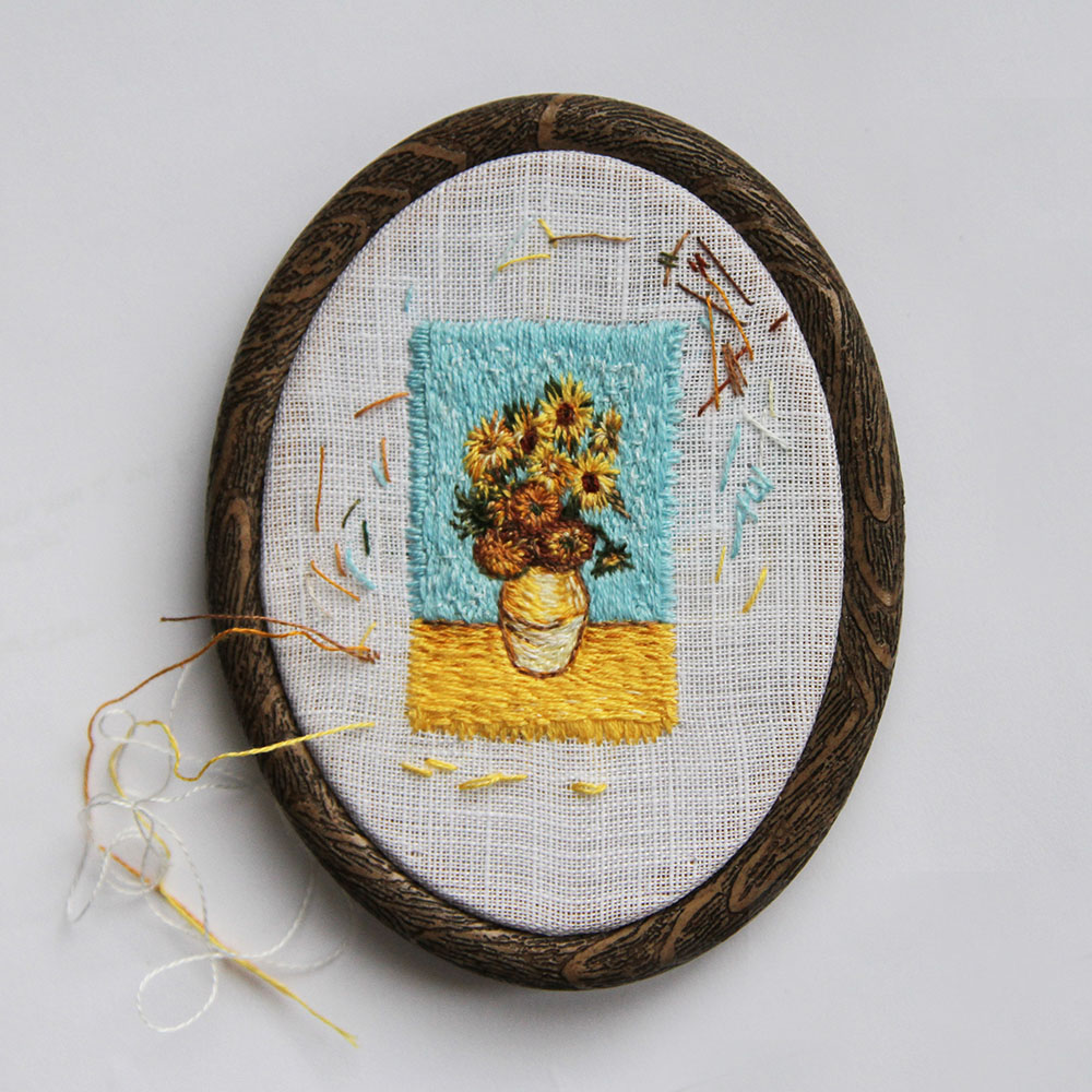The magic of tiny animal embroidery - Eira Teufel Interview