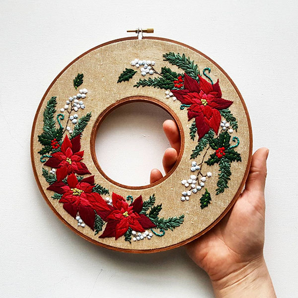namaste embroidery double hoop christmas wreath pattern