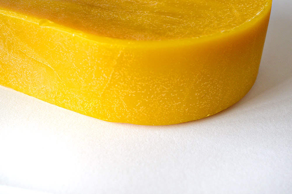 how to make beeswax thread conditioner