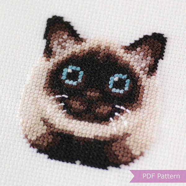 siamese cat cross stitch pattern by LaSelvaDesign