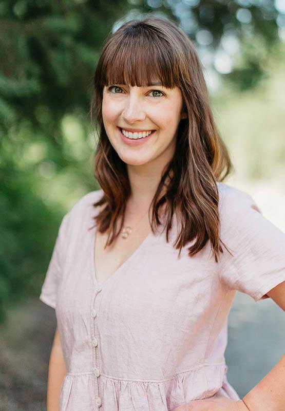 Lauren Holton Lark Rising Headshot